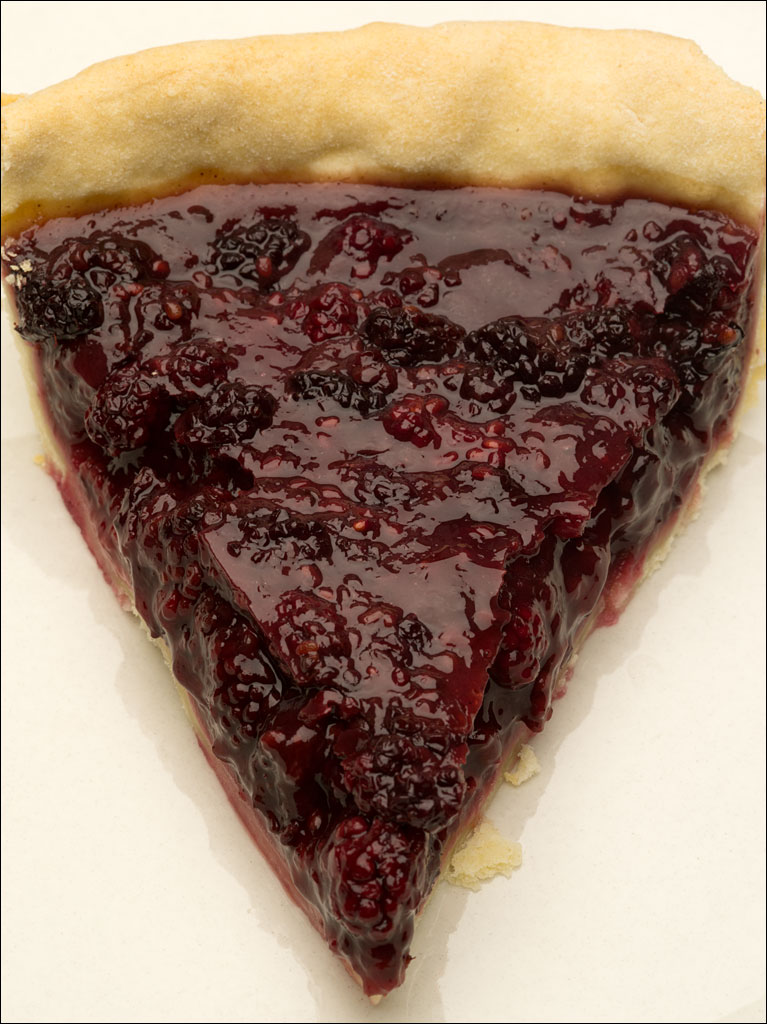 life_in_maine_blackberry_pie