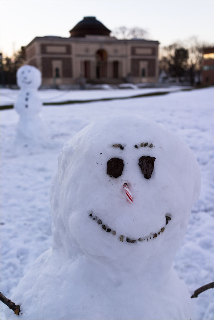life_in_maine_snow_men